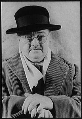 Picture of Alexander Woolcott. From the collection of the Library of Congress and in the public domain.
