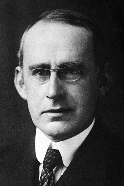 Picture of Arthur Eddington. Sir Arthur Eddington, George Grantham Bain Collection (Library of Congress)