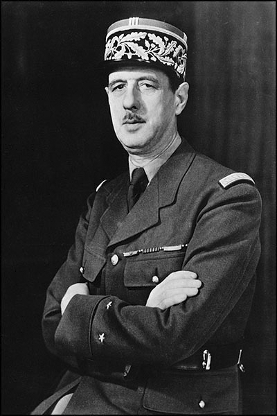 Picture of Charles de Gaulle. A WWII photo portrait of General Charles de Gaulle of the Free French Force by the Office of War Information, Overseas Picture Division, USA.