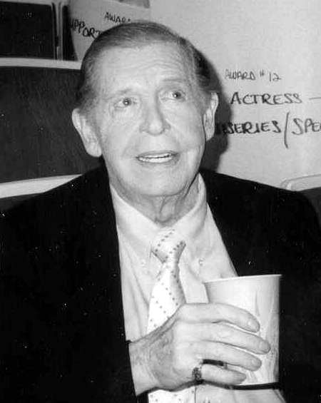Picture of Milton Berle. This file is licensed under the Creative Commons Attribution 2.0 Generic license.